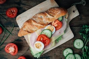 Broodje van franchiseformule Bakkertje Bol